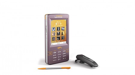 mobile phone : Sony ericsson